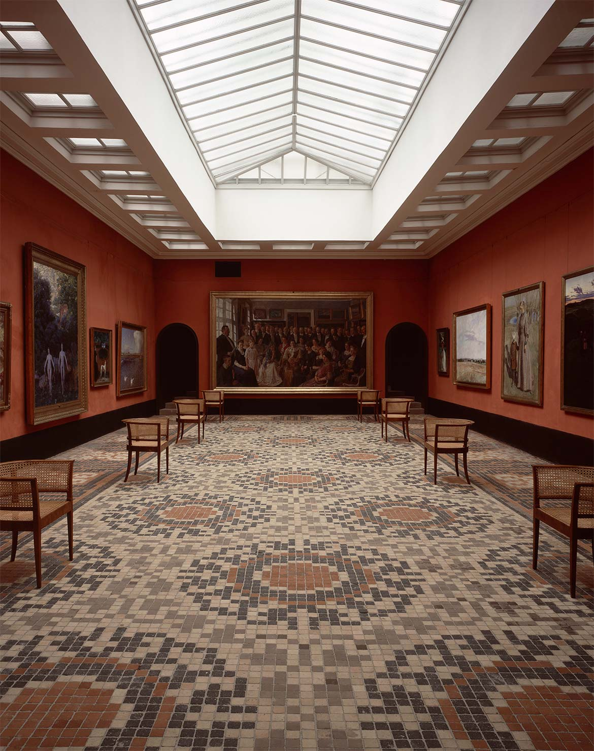 Main painting gallery with Peter Hansen's painting of the inauguration of Faaborg Museum.