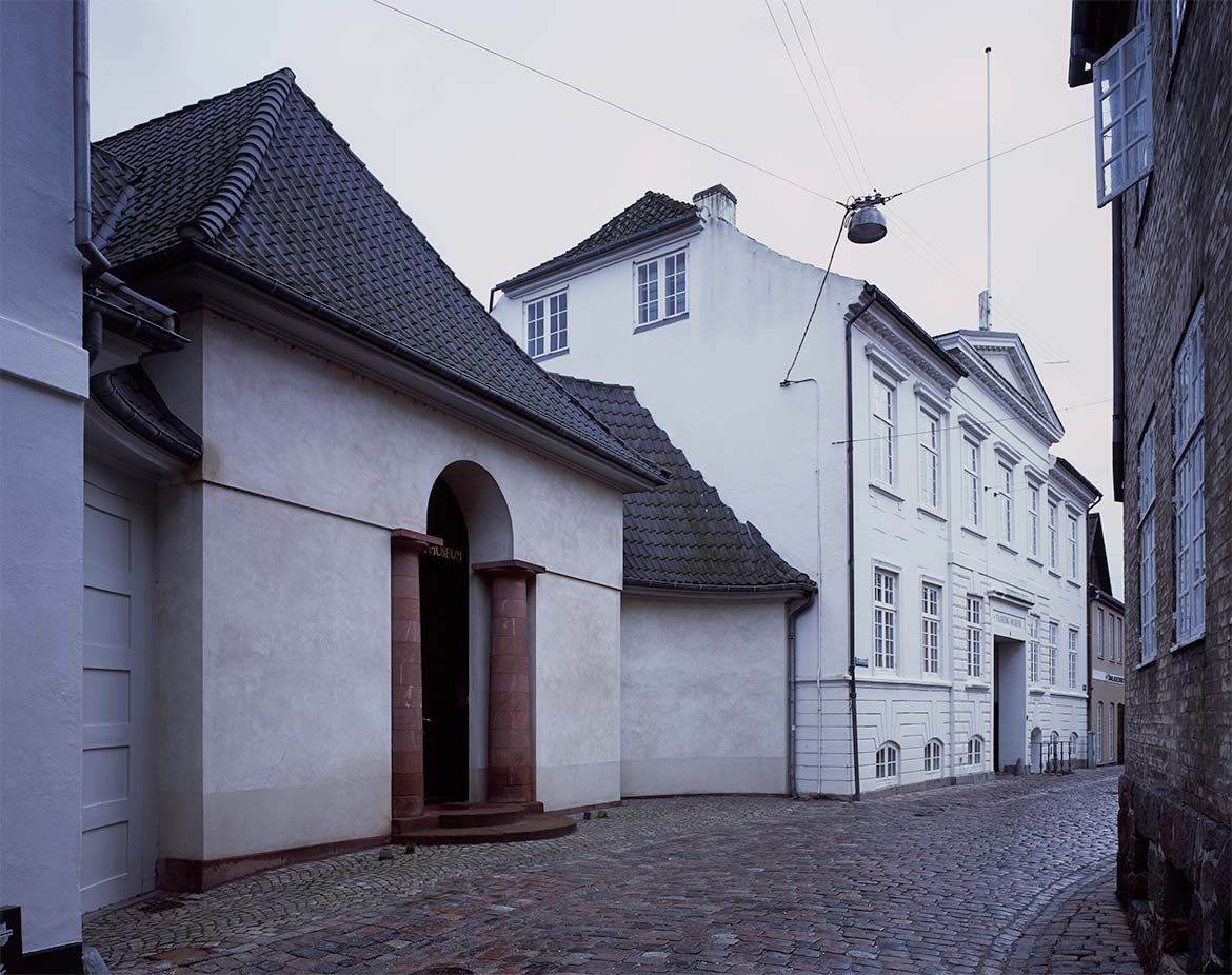 The facade of the museum towards Grønnegade, 1915.